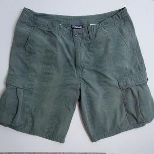 Patagonia Organic Cotton Cargo Shorts 38